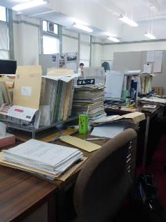 維新の会の議員控室