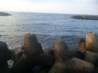 17:28 岬里海