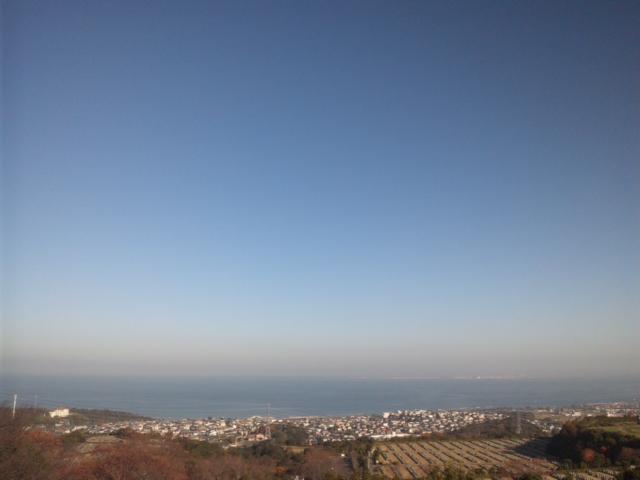 おはようございます!美しい青空です!