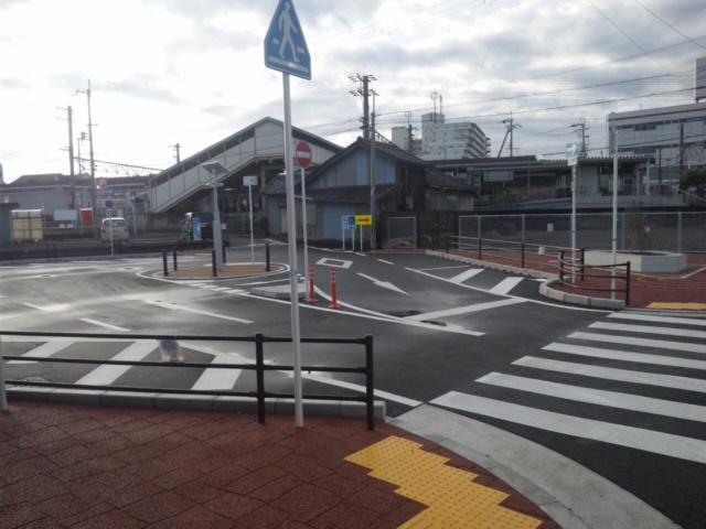 新家駅前のロータリーなど、きれいに整備されてます!