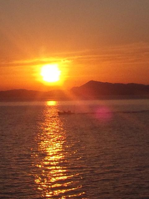 香川県の小豆島も初めて 瀬戸内の夕暮れは、かくも美しく