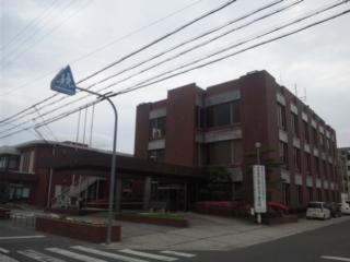 ここが、大阪府内で唯一の不交付団体である「田尻町役場」です!