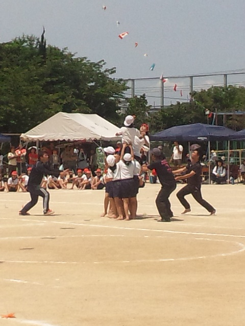 娘の小学校の運動会 暑いっ!