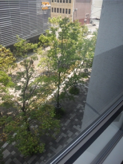 都会のなかで、素敵な時間でした ありがとうございました 大阪府立大学院