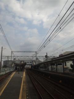 【南海電車・単線運行】尾崎駅にて、1時間に4本くらいの運行。