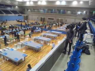 【岸和田市長選挙】開票作業は、2<br />  1:10から ただいま選管からアナウンス