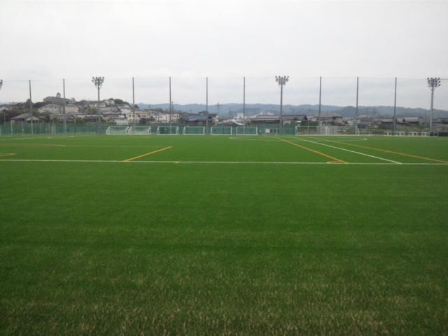立派なスポーツ施設が出来ました こちらも、泉佐野市と泉南市の境界線が入りくんでます