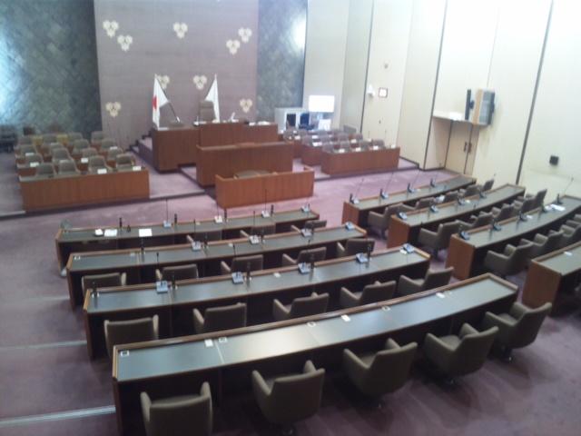 本日は、鎌倉市役所と鎌倉市議会にいますよ〜!