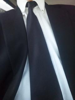 本日は、黒いネクタイです ご英霊の御霊に哀悼の誠を