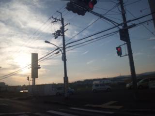 おはようございます!夏至の翌朝は、樽井駅です!