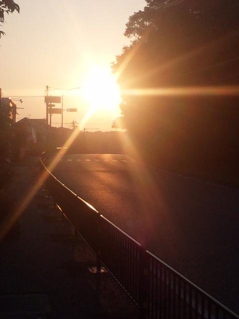おはようございます!今朝も、よい天気、鳥取ノ荘駅に向かいます!